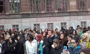 assemblea tenca dopo aggressione fascista